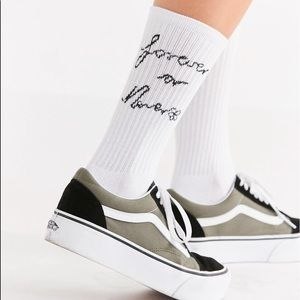UO Out from Under Jacquard Text Ribbed Crew Sock